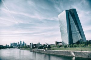 Warum Zentralbanken den BTC fürchten -