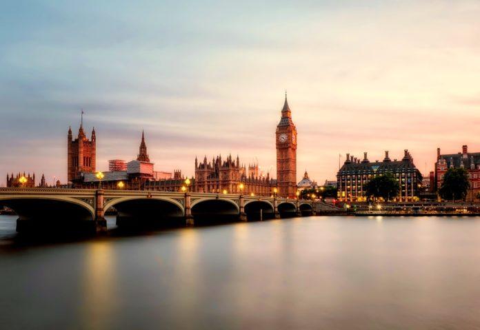Krypto-Börse expandiert nach England - Coincierge