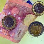 Banken waschen täglich 2,7 Milliarden USD, Krypto-Börse 9 Millionen USD