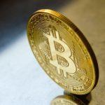 Kritik an BTC und Ethereum spitzt sich zu - Krypto-Community zeigt sich vereint - Coincierge