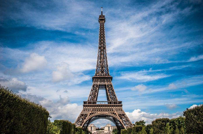 Frankreich starte mit Verkauf von BTC in sechs Tabakläden - 6.500 folgen - Coincierge