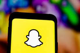 Snapchat Logo und Handy